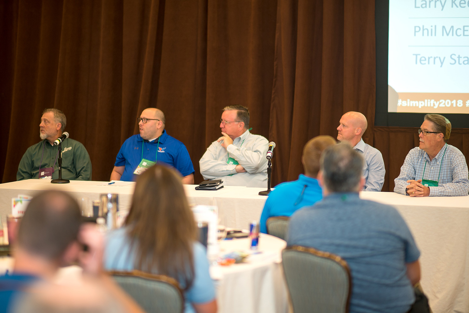 Terry Stanley (Lowes Foods), Joe Carter (Valvoline Instant Oil Change), Larry Keehne (Northgate Gonzalez Markets), Phil McElfresh (Heinen's Fine Foods), Lynn Olsen (The Innovation Group)